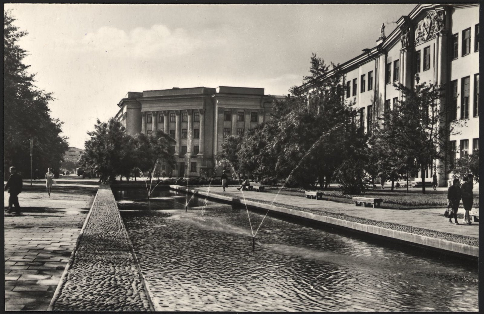 1968. Площадь Труда