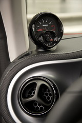 Smart ForTwo / ForFour 453 BRABUS dash pods rev. count and clock