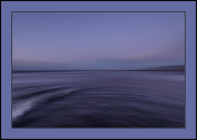Evening tide at blue hour