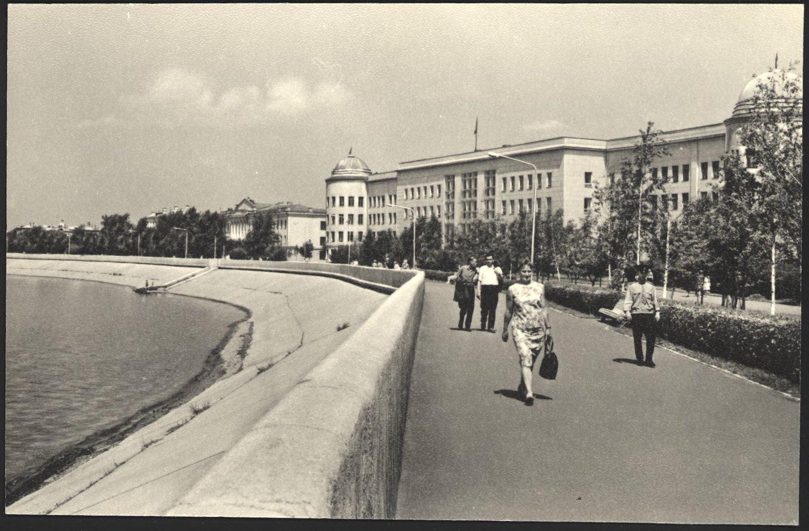 1968. Набережная Ангары