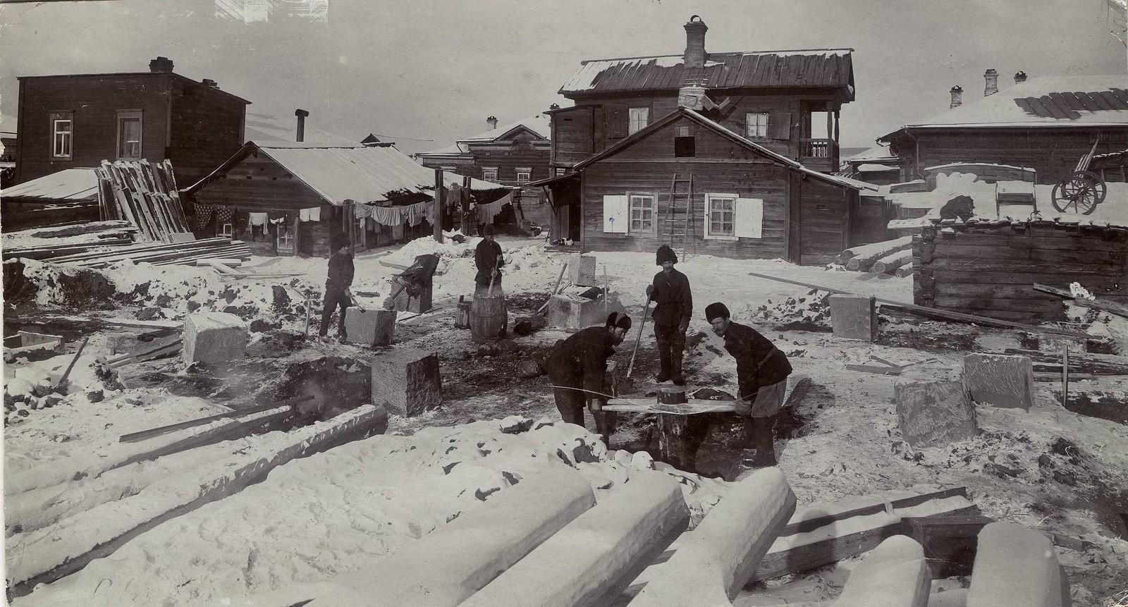 30. Строительство жилого дома на улице Ланинской
