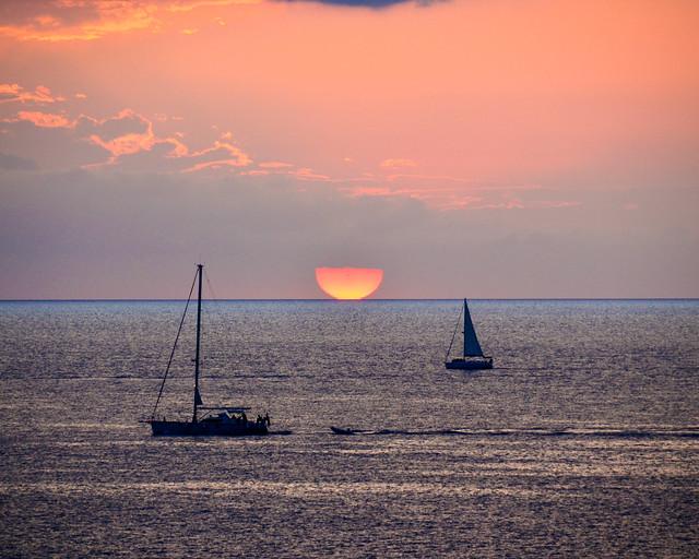 Vistas desde el mirador de Punta Galera al atardecer