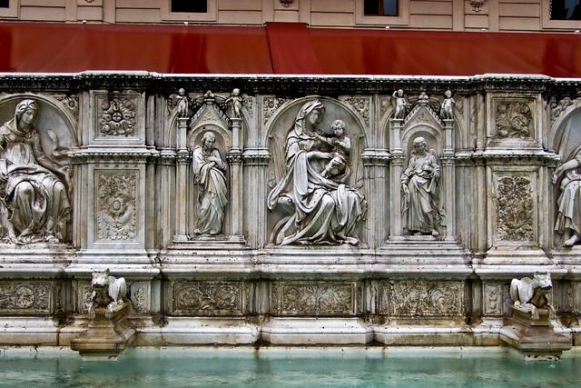 Sienna - Fonte Gaïa