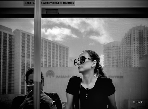 Miami mood - tube portrait