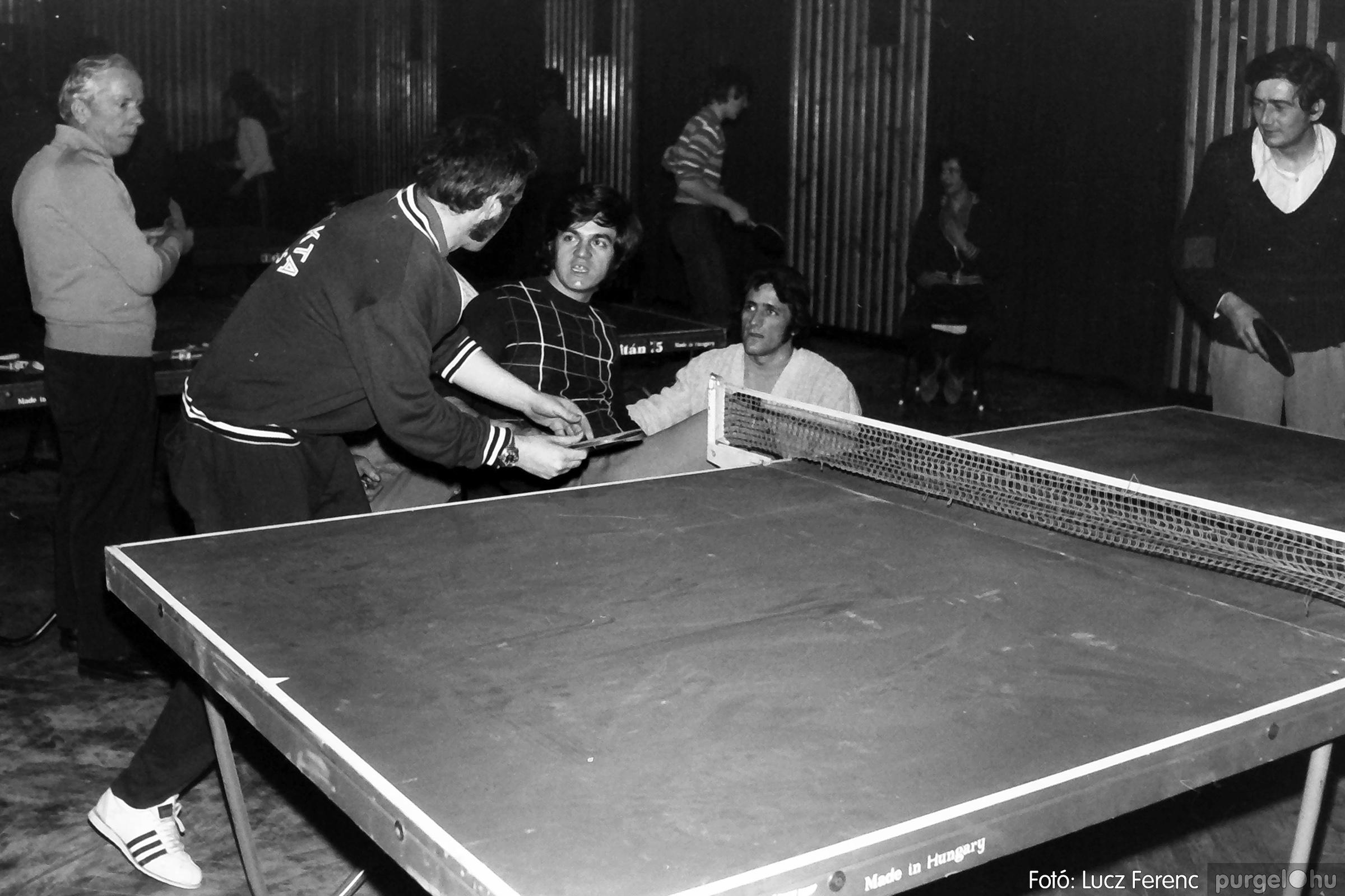 073. 1977. Asztaltenisz verseny 013. - Fotó: Lucz Ferenc.jpg