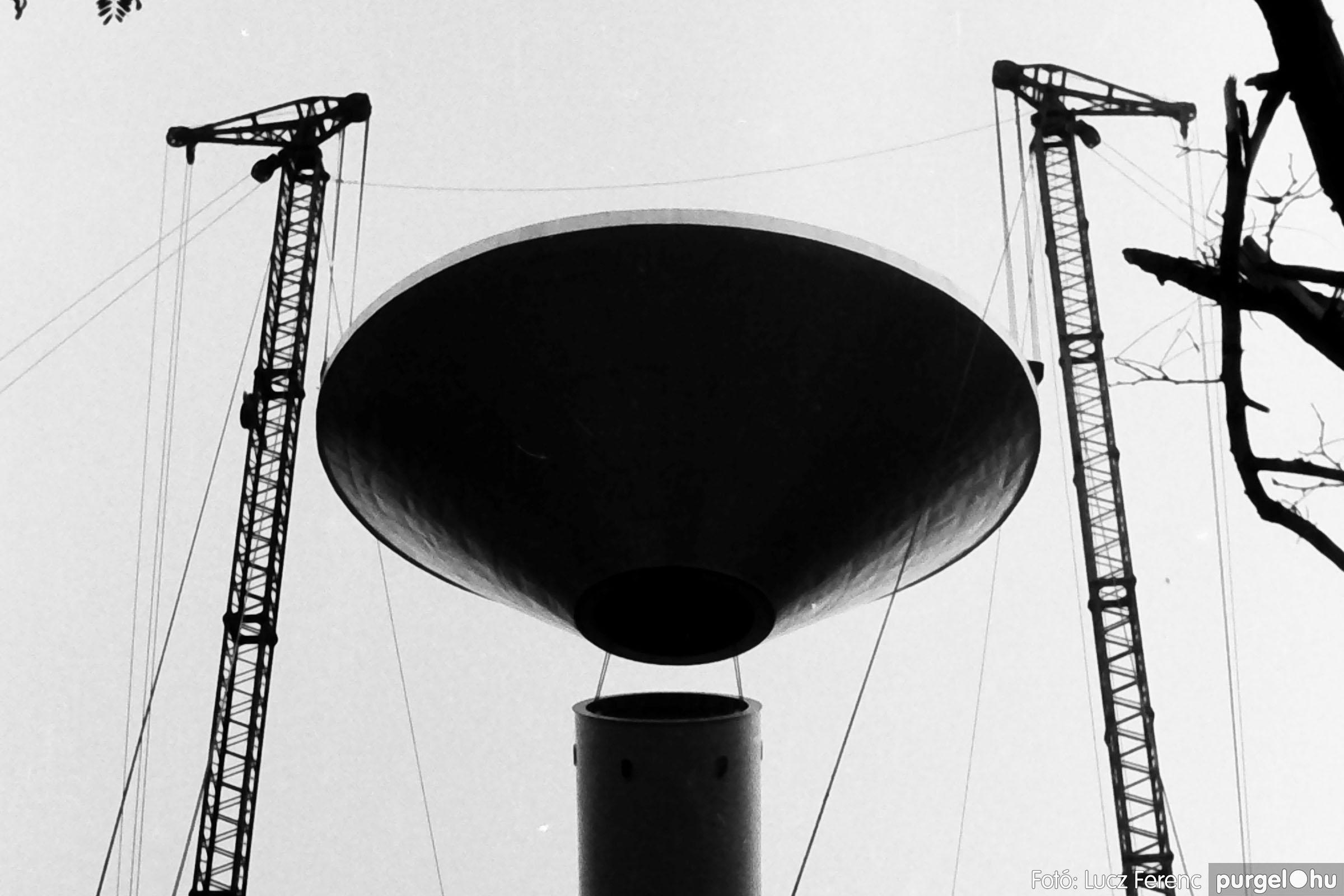 122A. 1978. Épül a víztorony 029. - Fotó: Lucz Ferenc.jpg