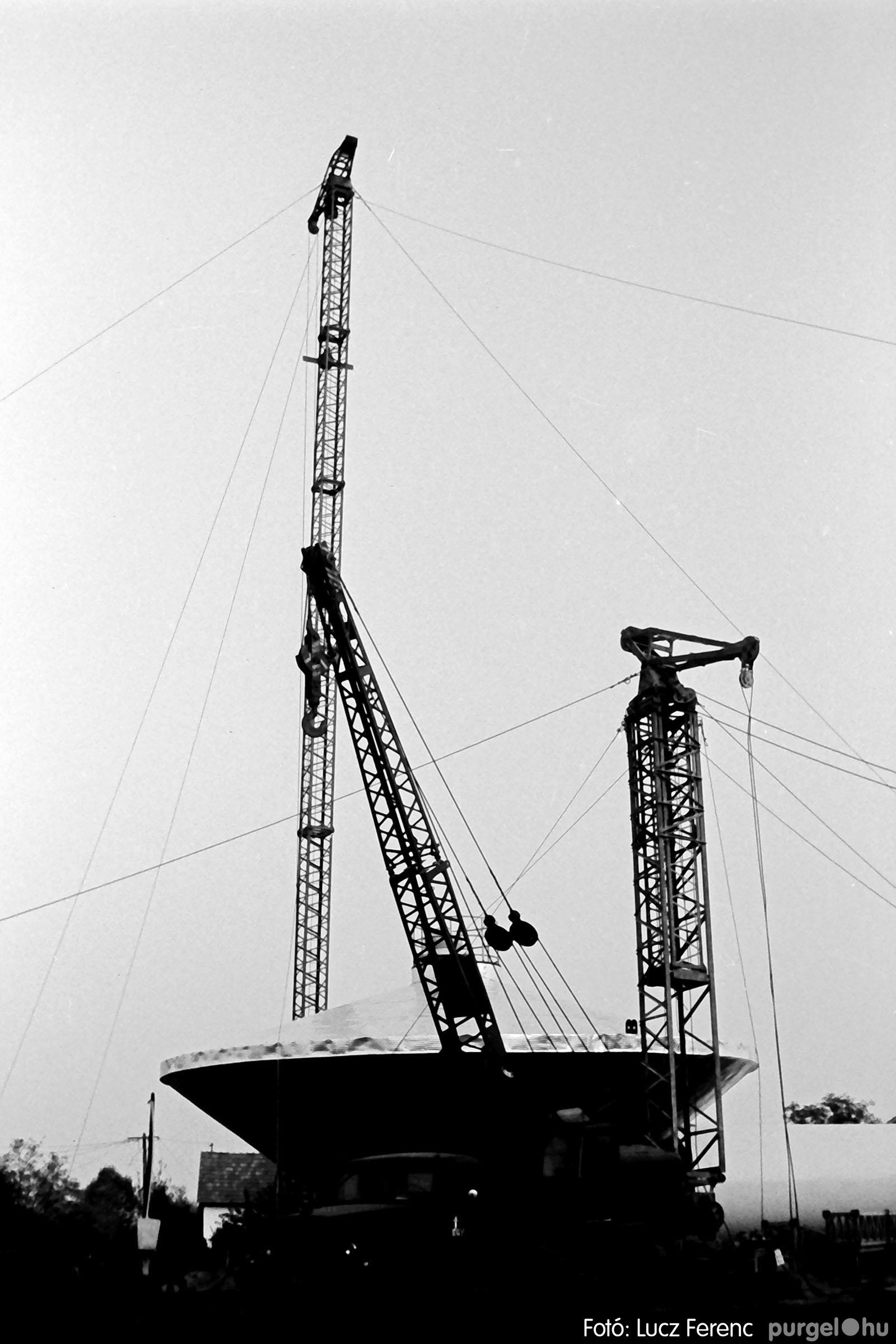 122A. 1978. Épül a víztorony 011. - Fotó: Lucz Ferenc.jpg