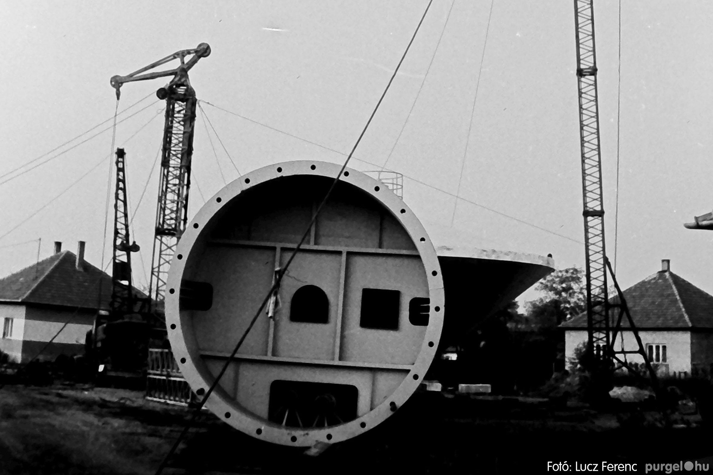 122A. 1978. Épül a víztorony 008. - Fotó: Lucz Ferenc.jpg