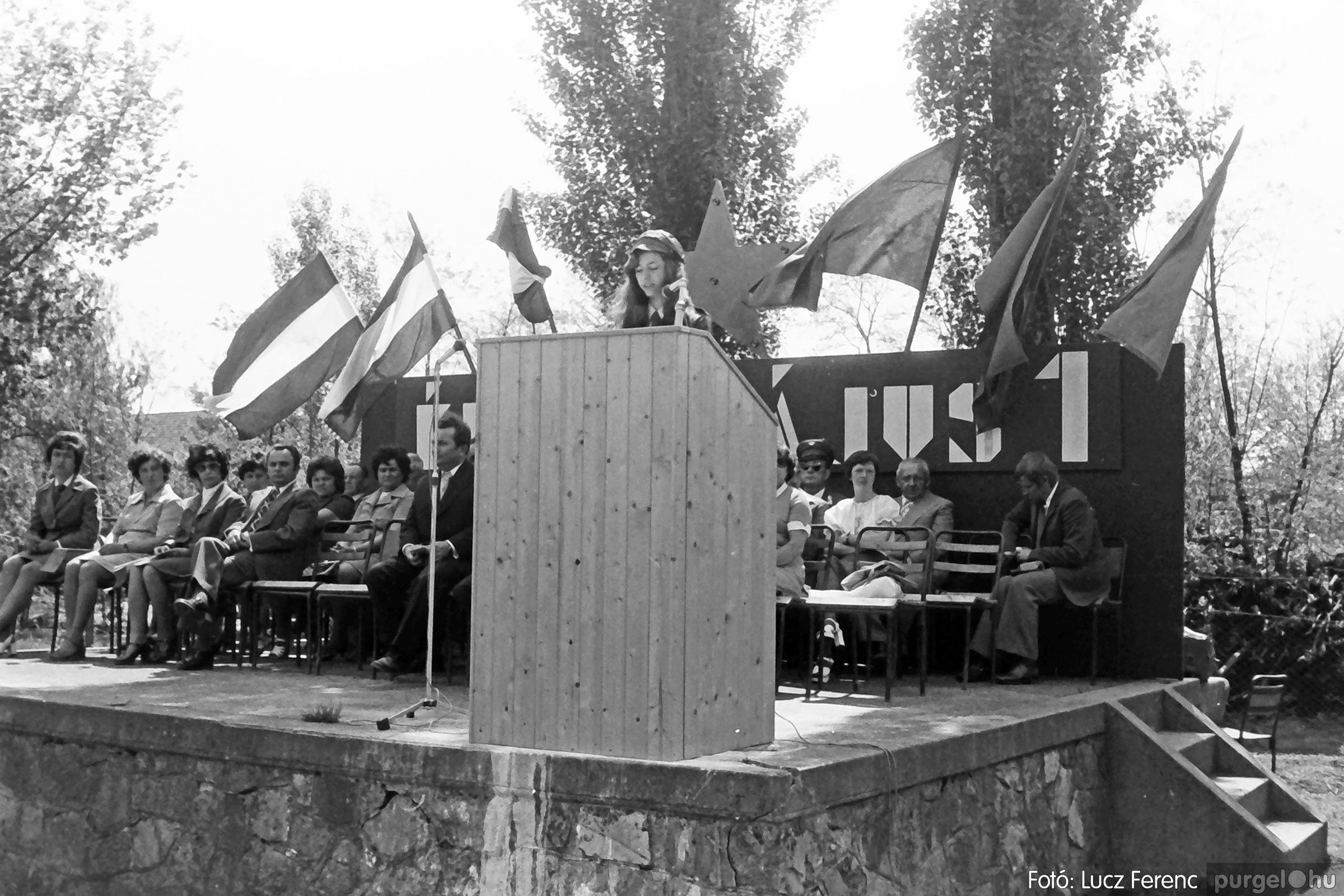080. 1977.05.01. Éljen május elseje! 024. - Fotó: Lucz Ferenc.jpg