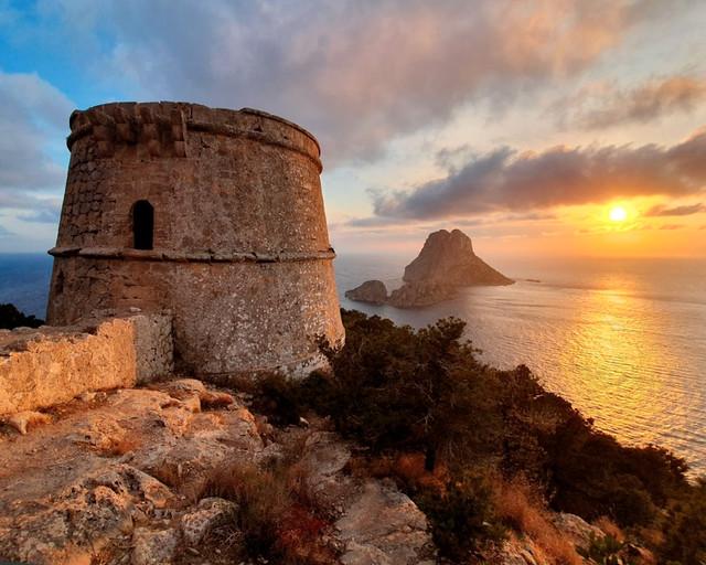 Uno de los lugares imprescindibles que ver en Ibiza