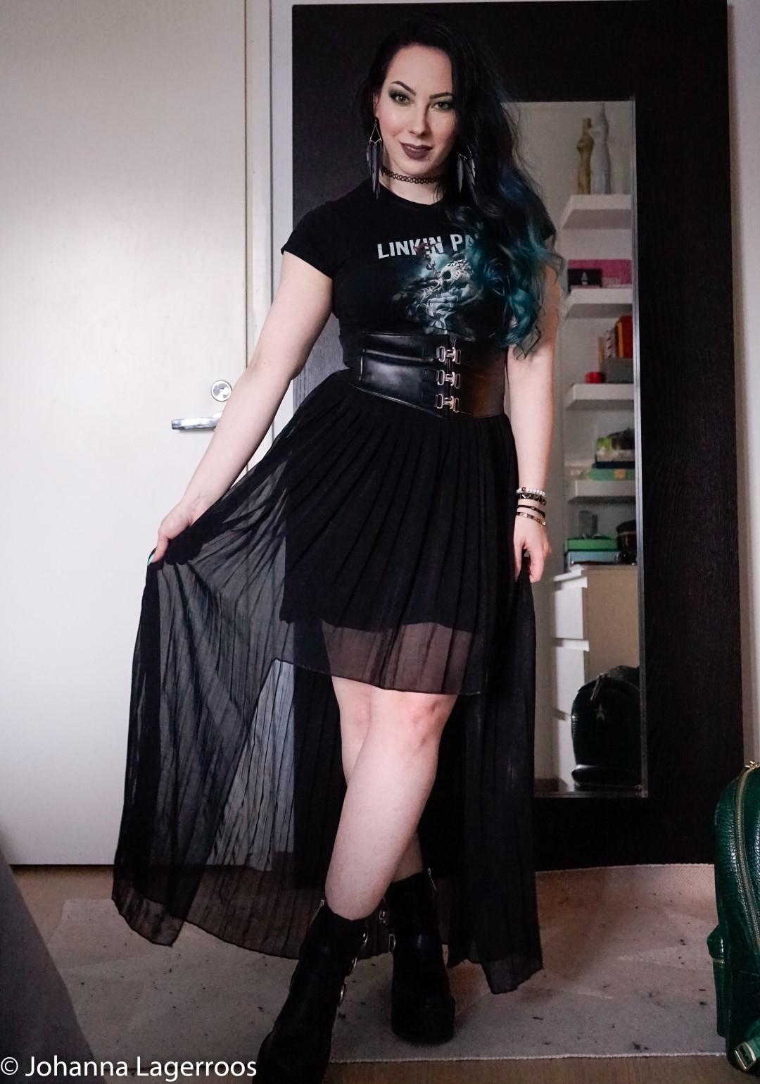 maxi skirt look