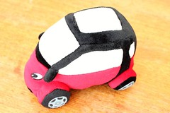 Genuine Smartware Plush car Smart Fortwo Red of 2002 collection