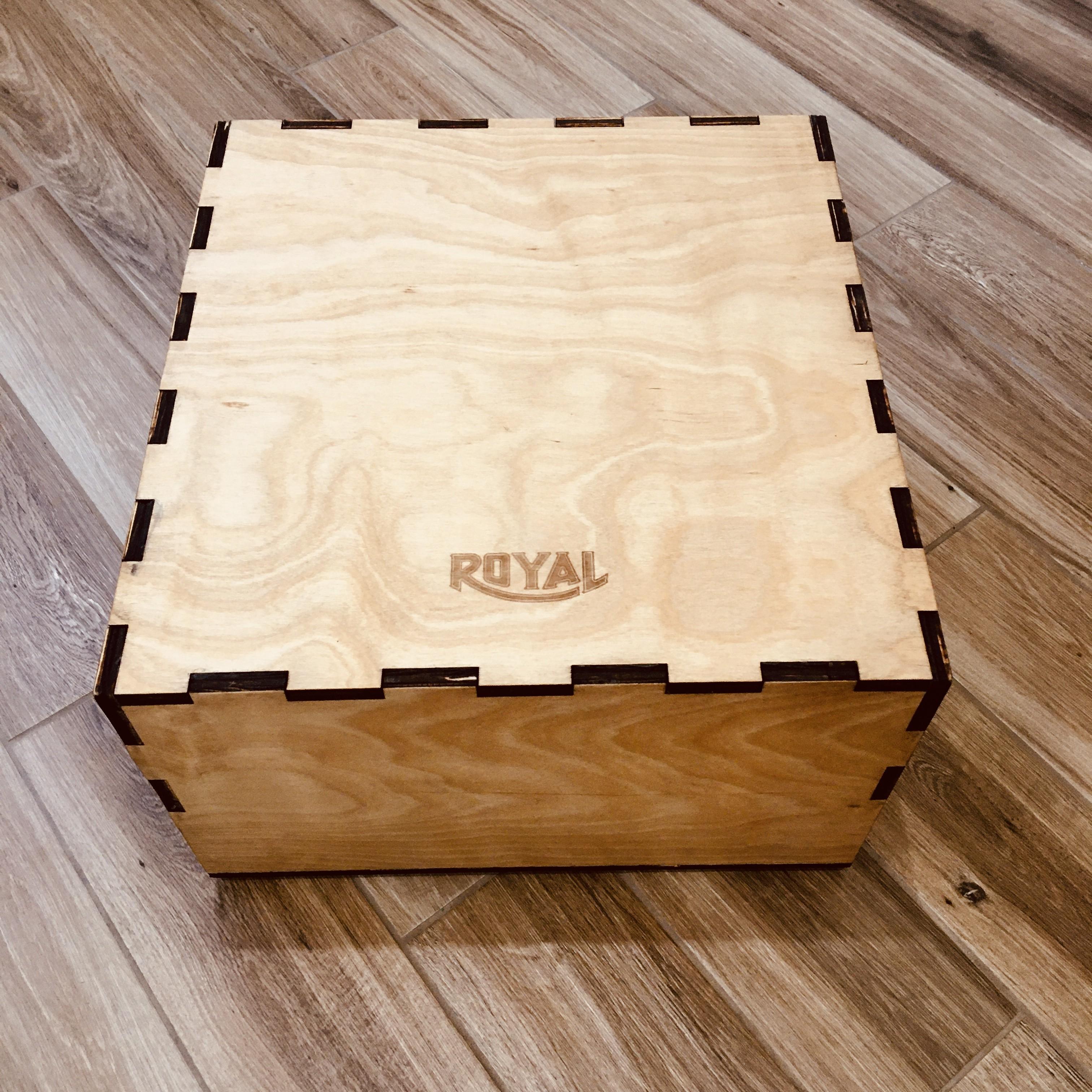 Storage Case for 1947 Royal KMM