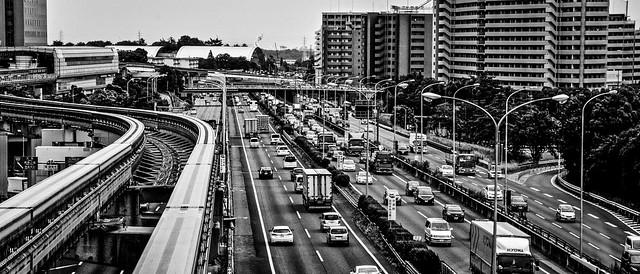 Osaka Monorail, Japan 大阪のモノレール