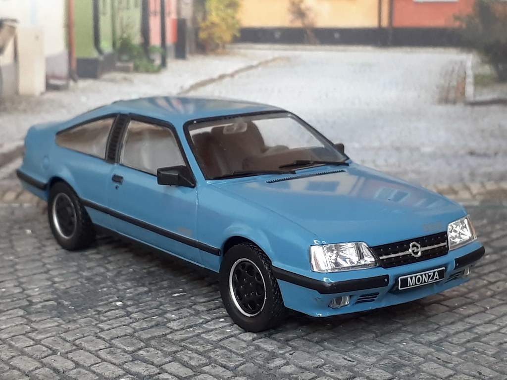 Opel Monza GSE - 1983