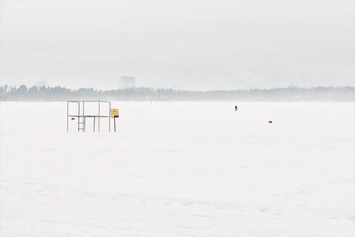 snow ice homunculi human being person people buoy winter sea lifeguardlookout hietaranta sandstrand hietsu helsinki helsingfors finland suomi pni pekkanikrus skrubu