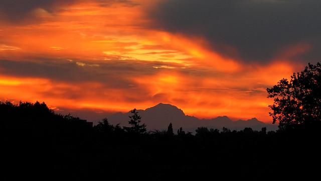 Mont Blanc au soleil levant - sunrise