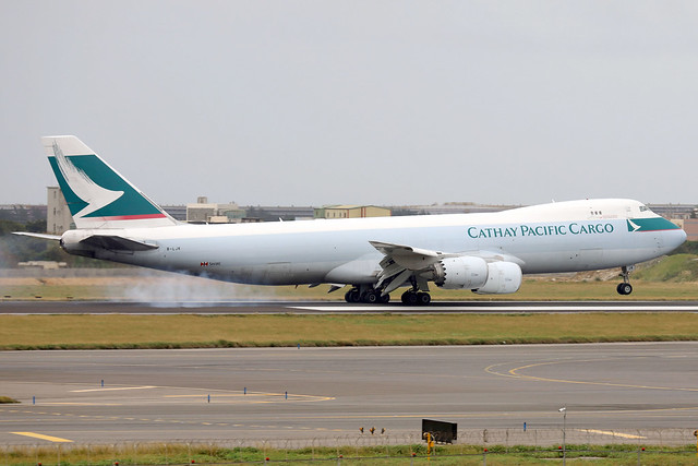 Cathay Pacific Cargo B747-8F B-LJK landing TPE/RCTP