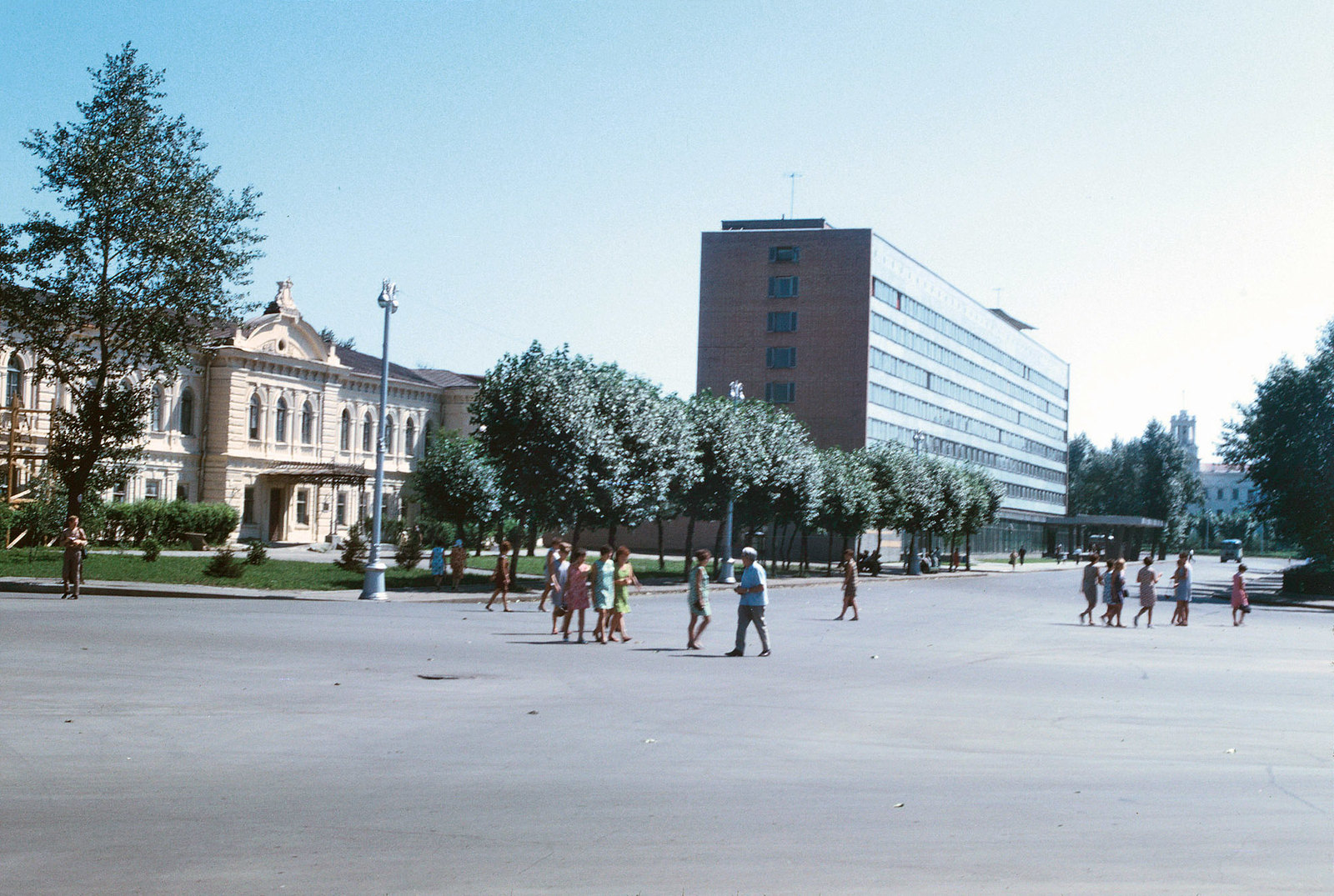 1968. Площадь Кирова и гостиница Ангара