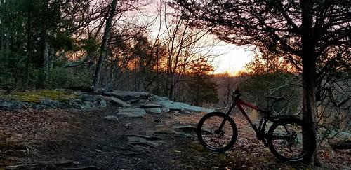 2004 kona stinky mountain bike sunrise