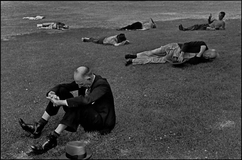 Henri-Cartier-Bresson-USA.-Massachusetts.-Boston.-1947.