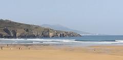 Playa la arena en este du00eda de inicio del mes de marzo con cielo despejado y buena temperatura con oleaje