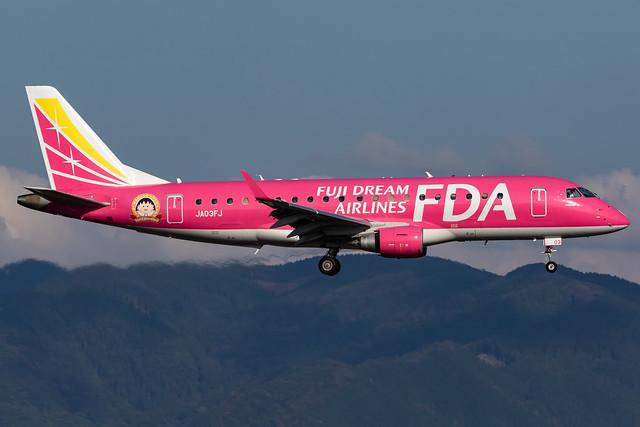 Fuji Dream Airlines Embraer ERJ-175STD (JA03FJ)