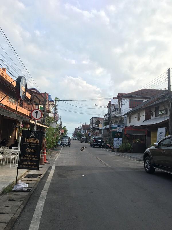 maenam street koh samui メナム サムイ島
