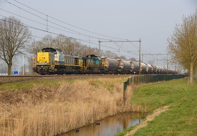 2021 | Lineas 7868 en 7789 te Schalkwijk