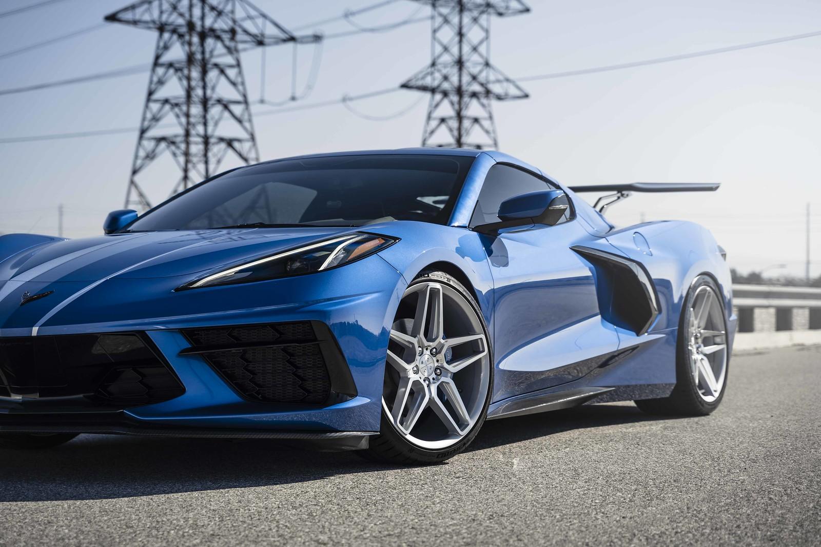 2020_Chevrolet_Corvette_C8_BD17_5_Silver_w-_Machined_Face_-13