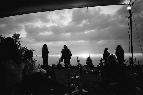 copyright©jaredyehwooehmoehfilms film analog analogue 35mm 135film fujifilm fuji agfa natura jaredyeh hiphopmilk taiwan nantou morning camping chill campsite chilling blackandwhite bw sunset twilight dusk cloud