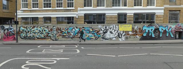 Fanakapan, Tizer, Core246, This1 + Trafik graffiti, Shoreditch