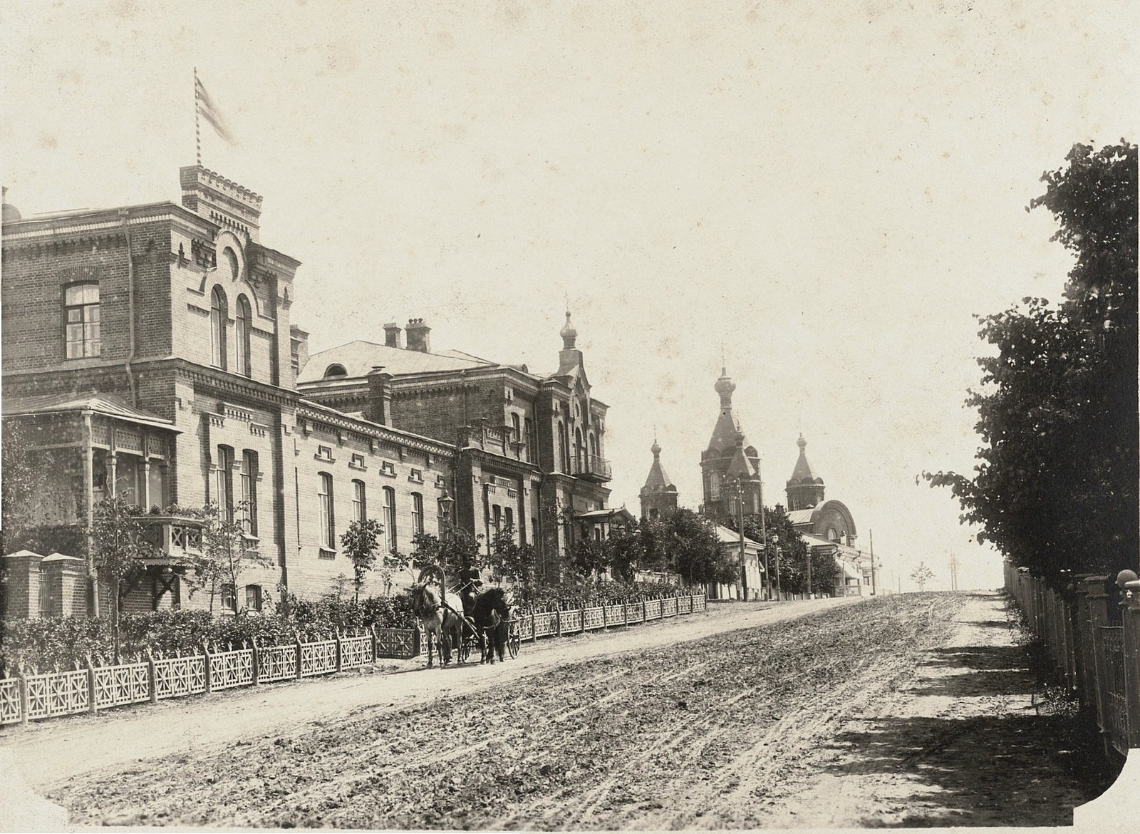 01. Дом Генерал-губернатора и Успенский собор