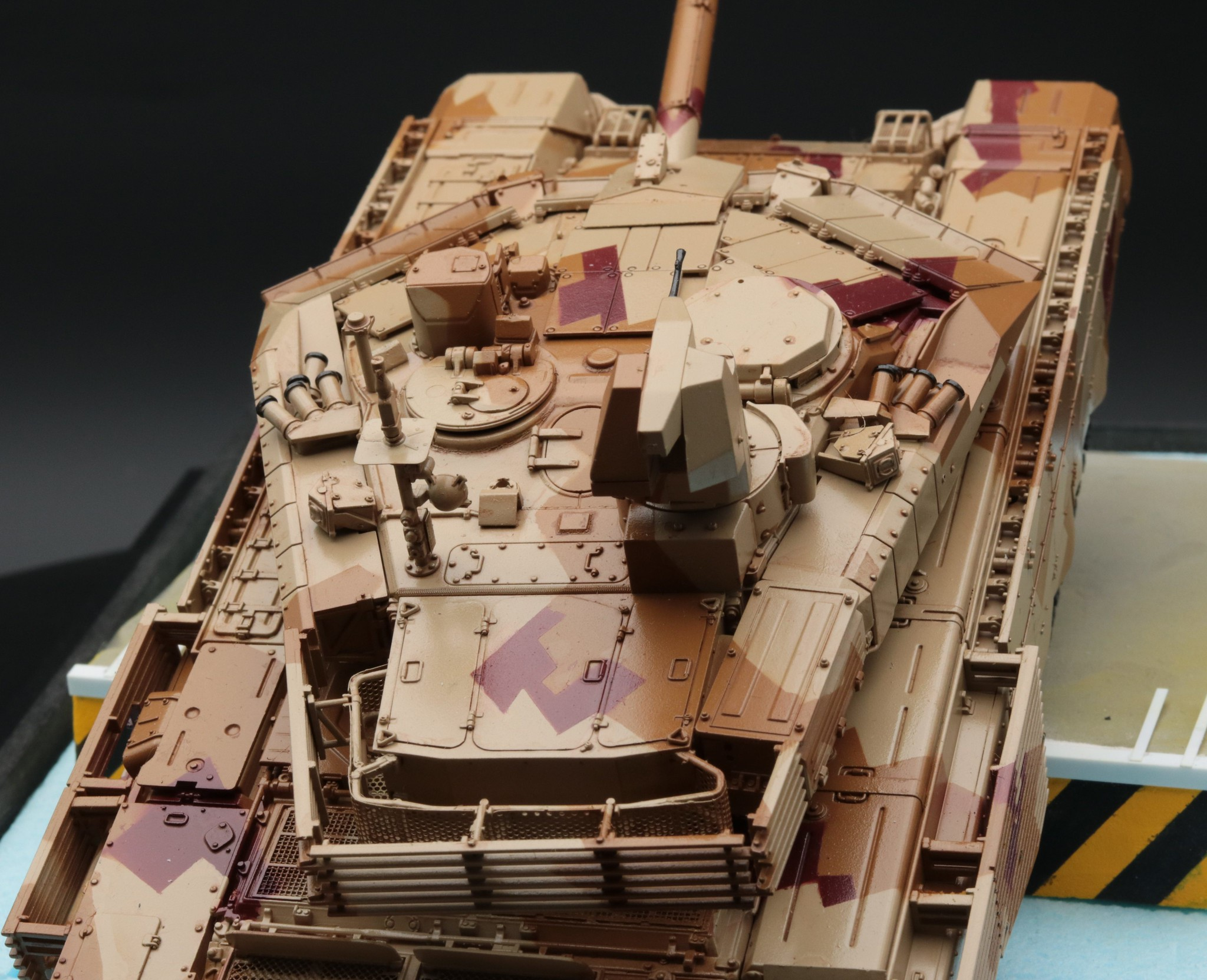 T-90 MS détail de la tourelle.