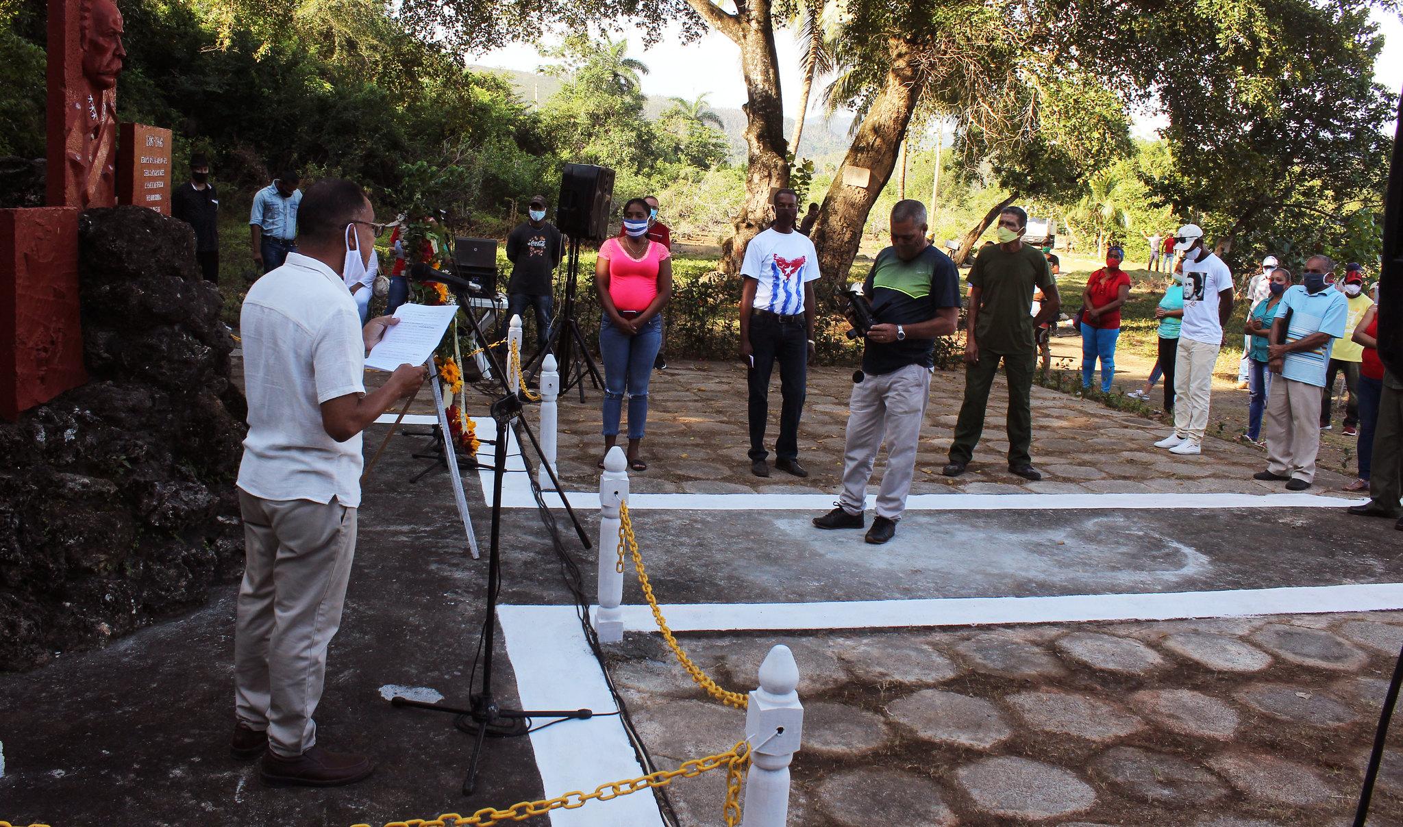 Acto en Baracoa por aniversario 125 de la expedición de Calixto García por Playa Maraví
