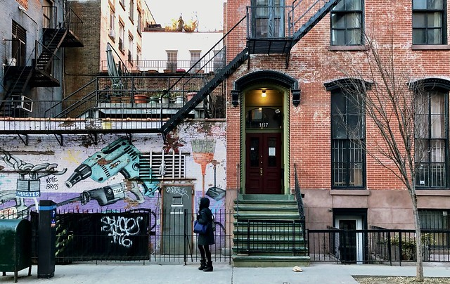 Street colors (winter fade) - Flatiron district, New York City