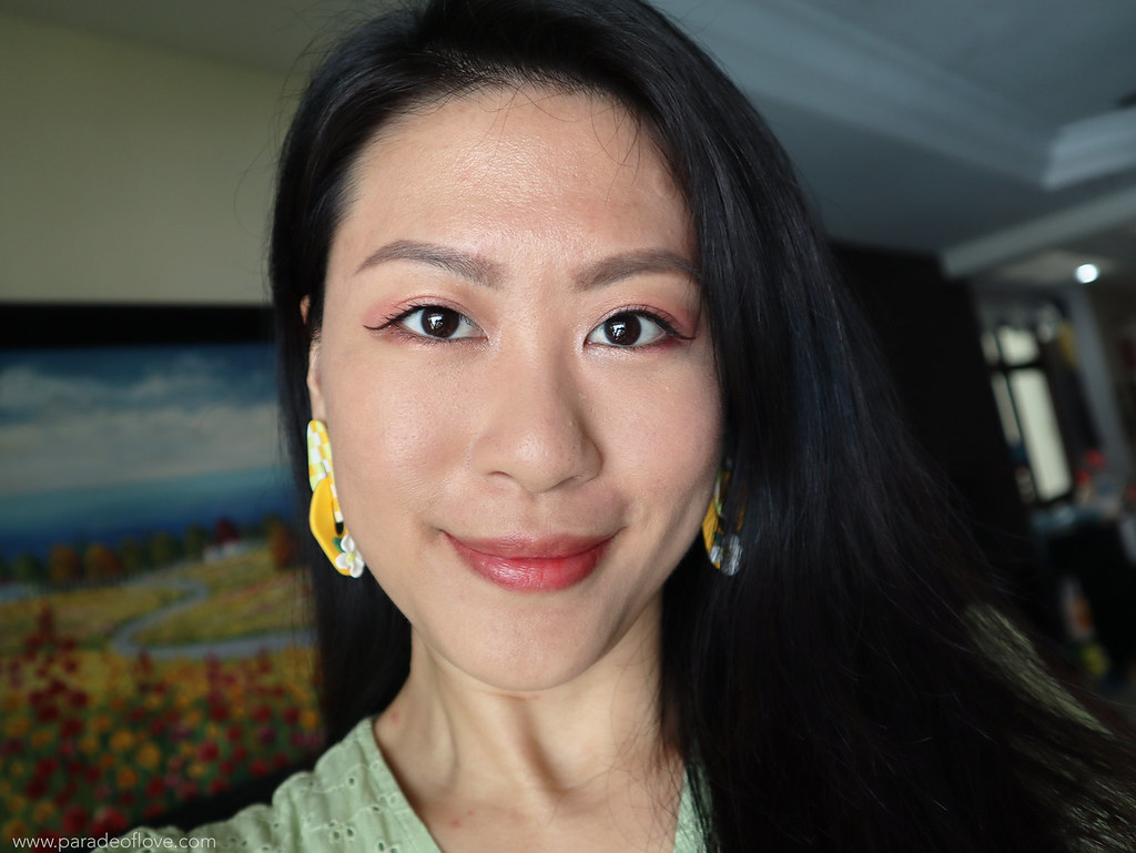 Skin with light makeup 8 days after treatment
