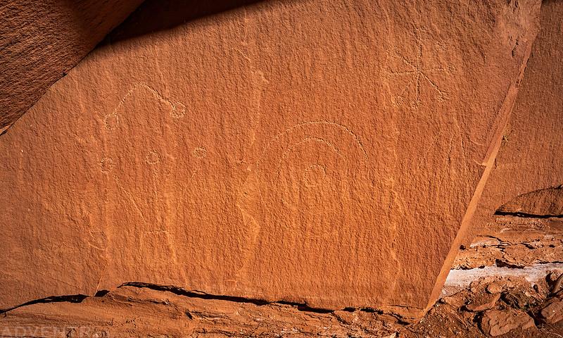 Alcove Petroglyphs