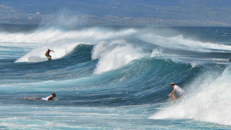 Ho'okipa waves