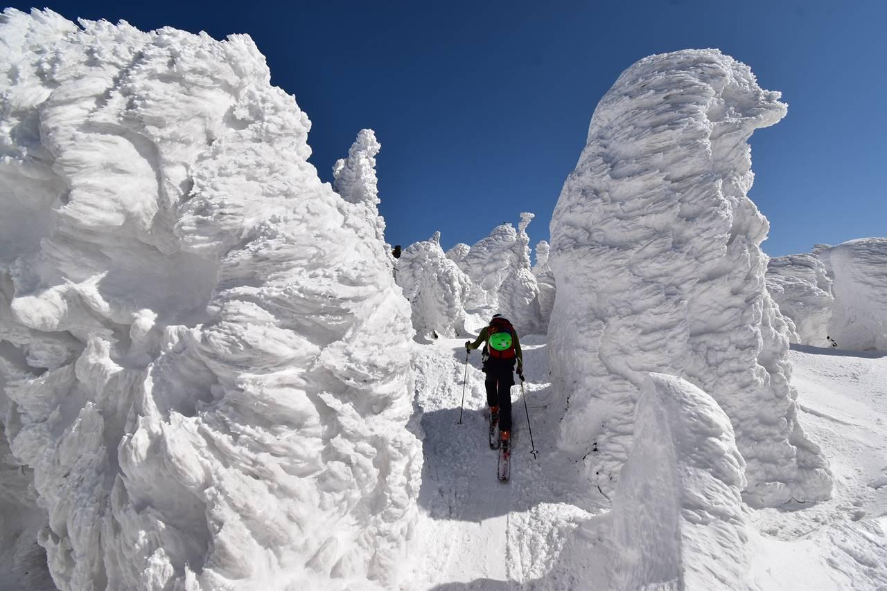 冬の西吾妻山 樹氷・スノーモンスター登山