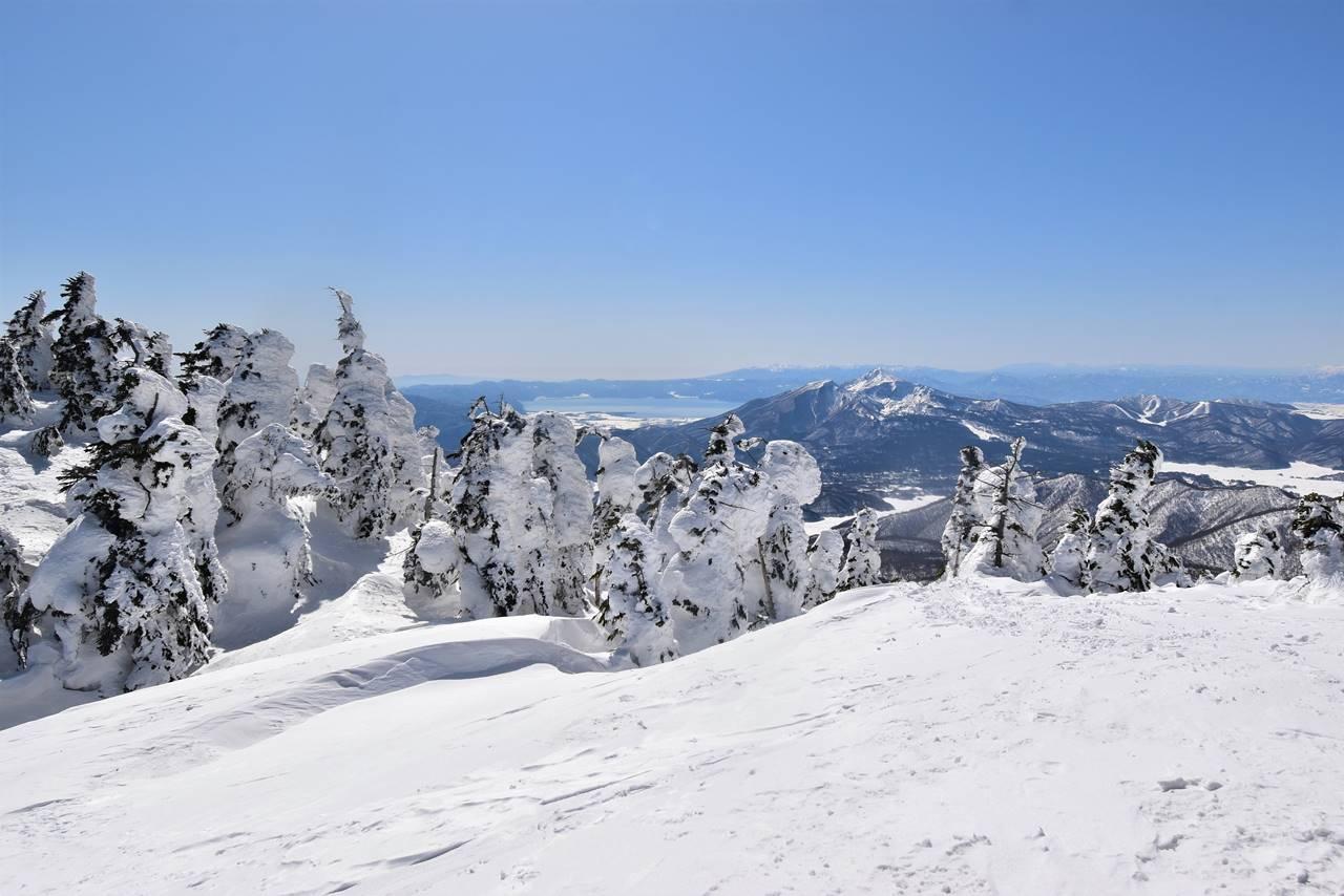 西大巓のスノーモンスターと磐梯山