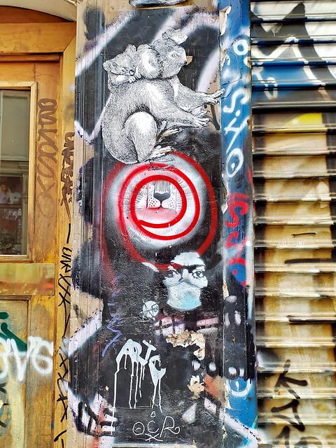 202 - Paris en Février 2021 -  Streetart rue Denoyez