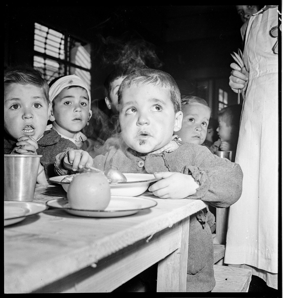 Auxilio Social en 1941. Fotografía de Thérèse Bonney © The Bancroft Library, University of California, Berkeley
