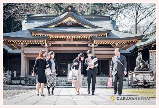 岐阜護国神社へお宮参り 両家のおじいちゃま・おばあちゃまがいらっしゃって