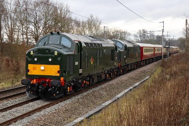 37667 & 37521 - 5Z10 (Wigan Boars Head G.F.).