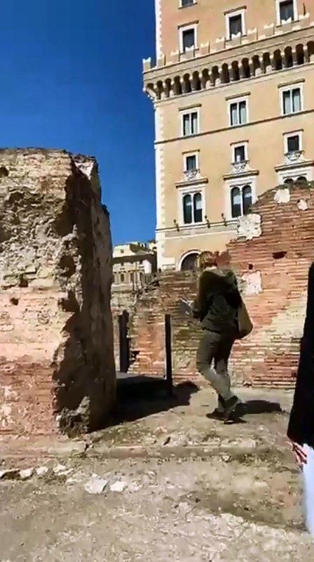 ROMA ARCHEOLOGICA & RESTAURO ARCHITETTURA 2021. ROME - The Archaeological Site at Piazza Venezia. Hadrian's Auditoria [Italiano / English]. Video Tour - Dr. F. Rinaldi, Dr. A. Rotondi & Dr. B. Nazzaro. ParCo / Video / FACEBOOK (25/03/2021).