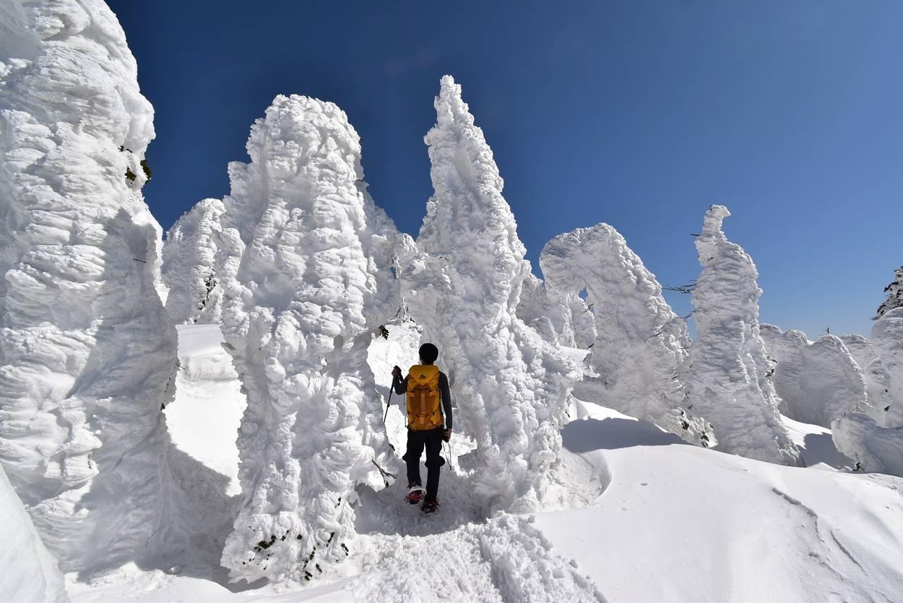 西吾妻山 樹氷のゲート