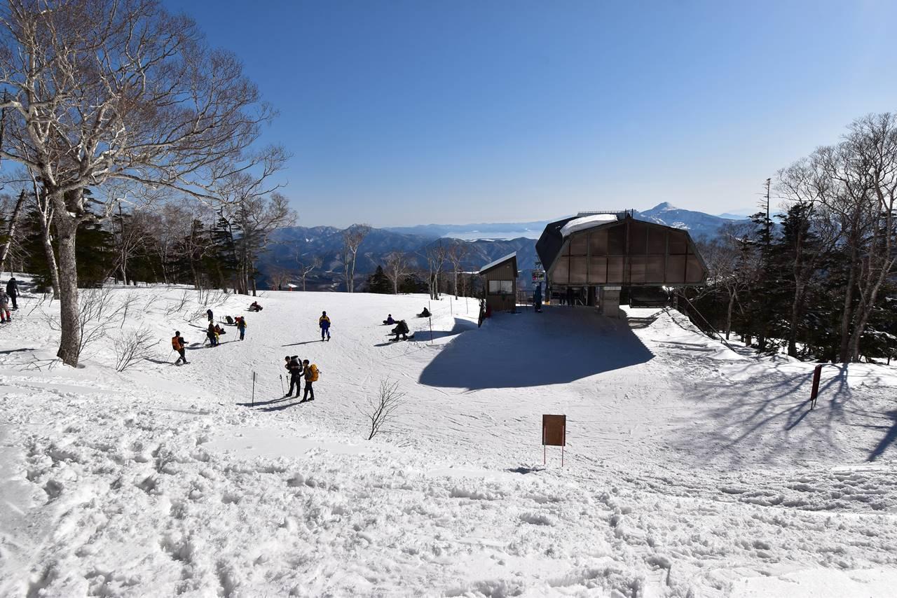 冬の西吾妻山登山口(リフト乗り場)