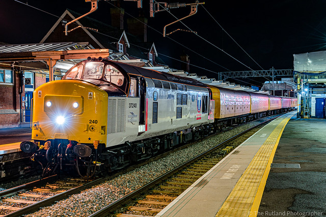 37240 stands at Kettering with 3Q33 Derby Rtc to Derby Rtc Circular