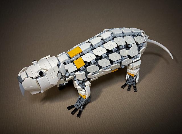 LEGO-Mecha-Heterocephalus-glaber_04